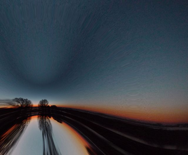 28oct 013 PLANET EYE REFLECTION WARP