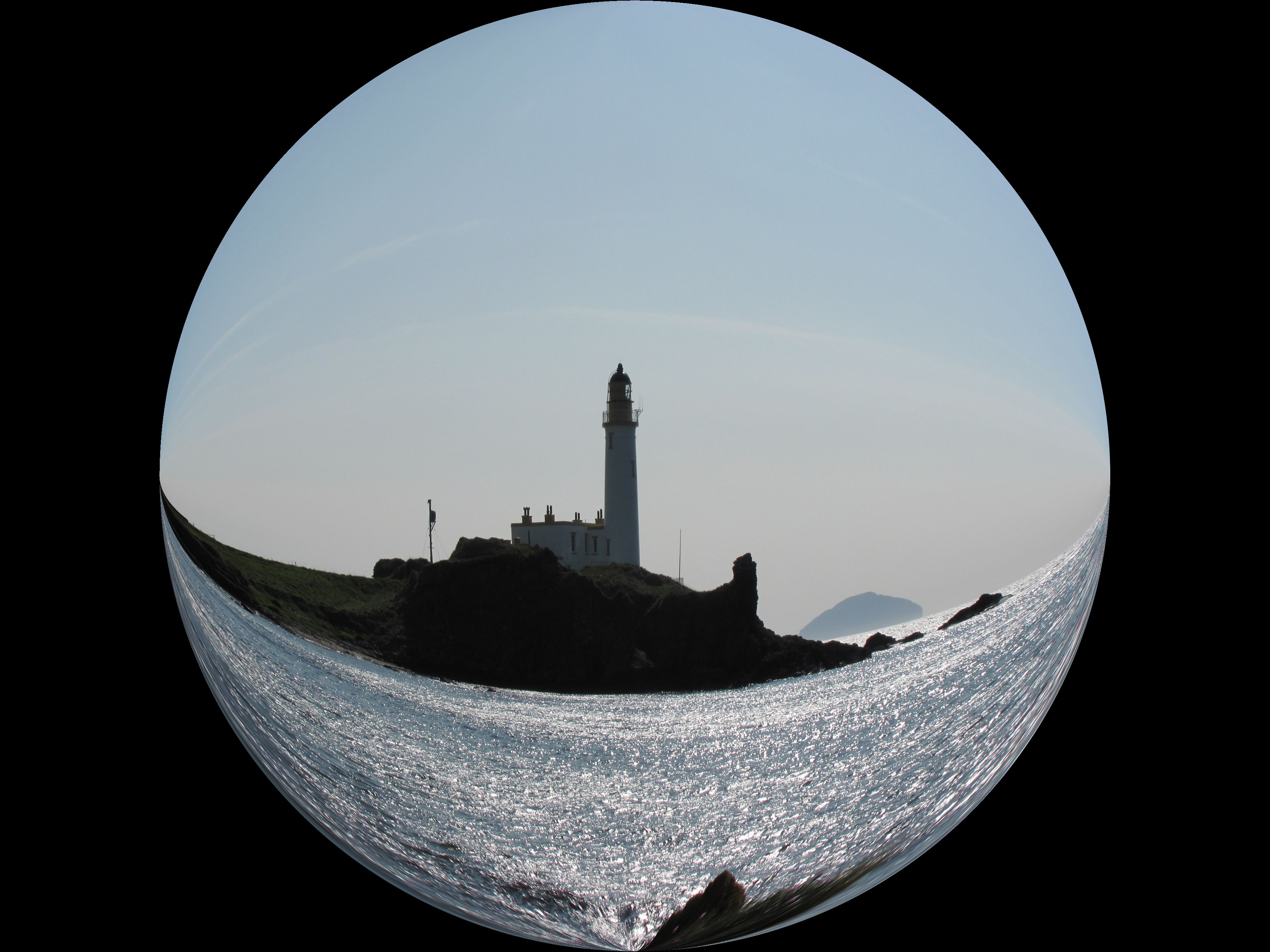 The LIGHT house ROUND